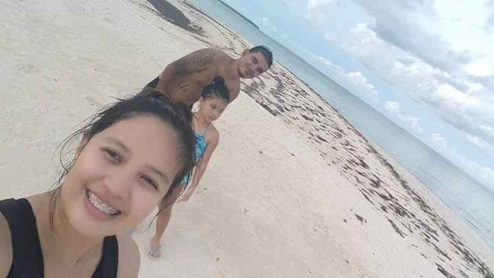 Raymond (background), his daughter and wife Ryshel enjoying some RARE time off